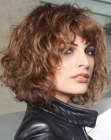 cortes semilargos – angled bob with curls