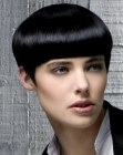 cortes cabello corto - short haircut with pointy sideburns