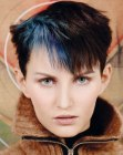 cabello corto - hair with blue streaks