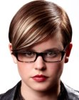 cabellos cortos - short hairstyle and glasses