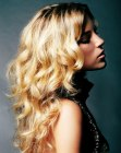 cabello largo - long golden hair