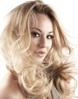 peinados largos – long blonde hairstyle
