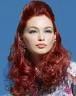 peinados de moda - long and curly red hair