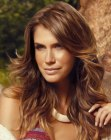 peinados de moda - long hair with highlights