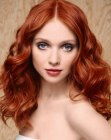 peinados de moda - natural look with red hair