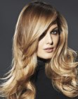 peinados de moda - long hair with lightness