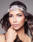 peinados largos - headpiece with crystals