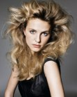 peinados tendencia - high-volume styling for long hair