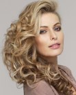 cortes para cabello largo - curled long hair