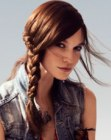 cabellos recogidos - hair with braid on one side